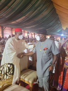 Gov. Diri (right) exchanging pleasantries with former Aviation Minister