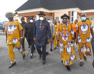 Diri (middle) at the funeral in Delta State