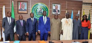 Sylva (middle), officials of NNPC and the visiting team