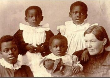 Mary Slessor and some of her adopted children
